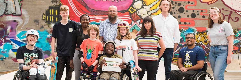 martin presentes Credability award to flo skatepark